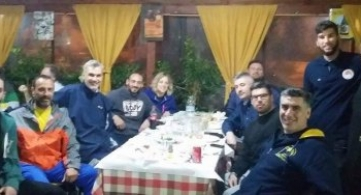 Το τραπέζι των προπονητών στον «Μπακάρα»!